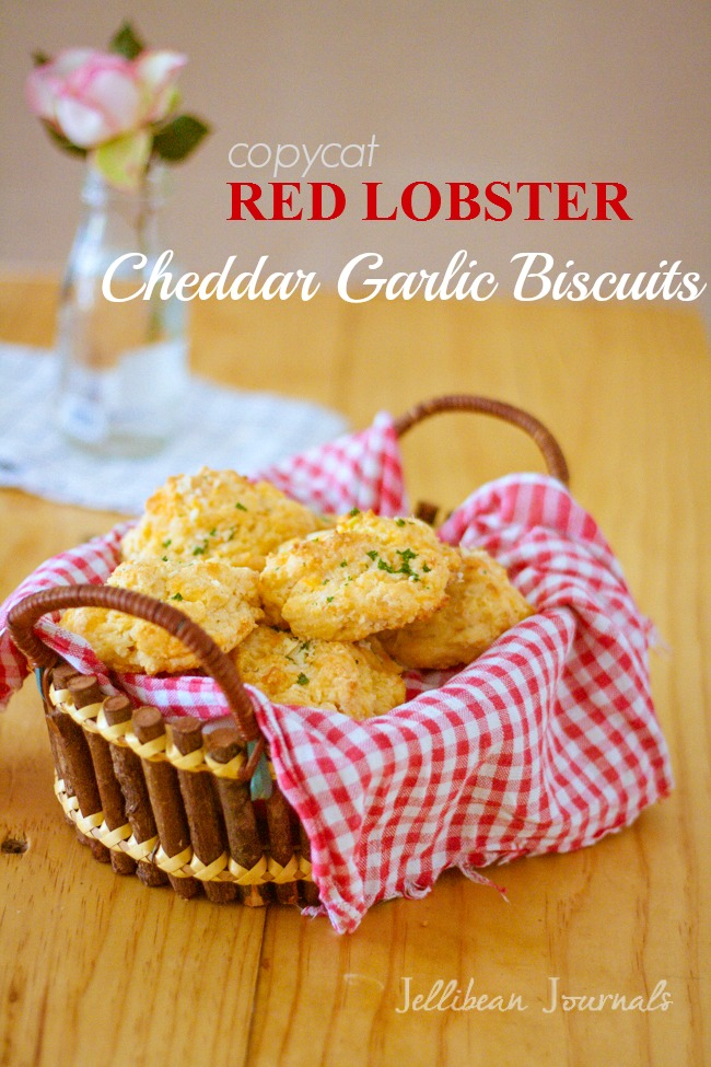 Red Lobster Cheddar Bay Biscuits Copycat Recipe | Jellibeanjournals.com