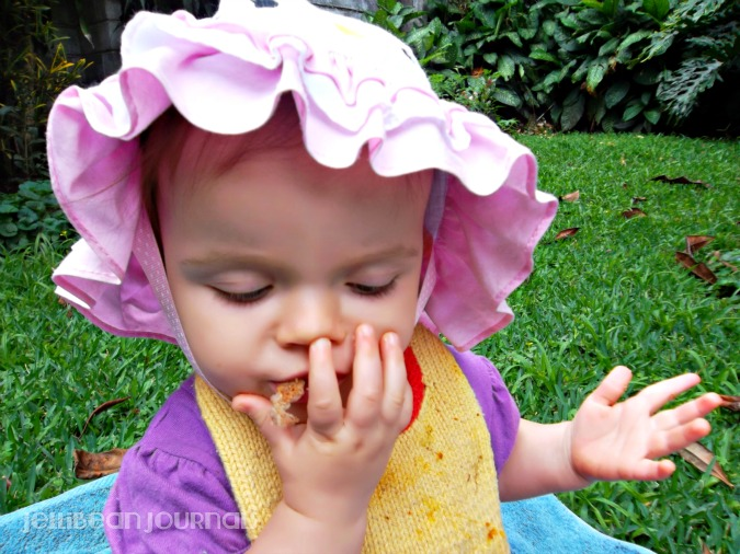 get stubborn toddler to eat