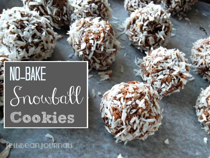 No-Bake Snowball Cookies. Coconut+Chocolate=delish! #cookies   JellibeanJournals.com
