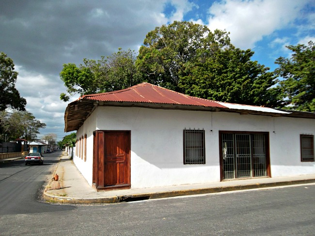 liberia-guanacaste-costa-rica-house