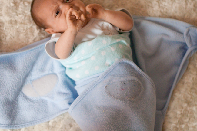 How to Swaddle a Newborn in a Swaddle Wrap
