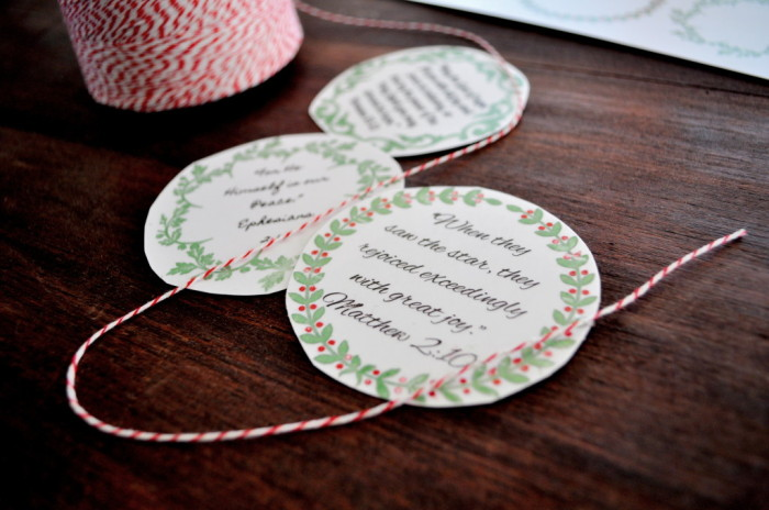 Intentional Christmas Advent Ideas for Families | JellibeanJournals.com