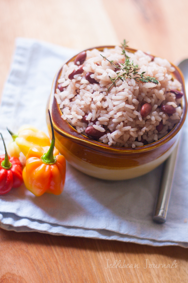 Costa Rican Rice and Beans- Coconut-infused Caribbean-style rice and beans | JellibeanJournals.com