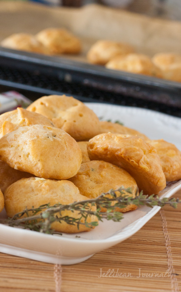Gougères {French Cheese Puffs} Easy & impressive appetizer made with tangy aged cheese. #cheese #choux #appetizer | Jellibean Journals