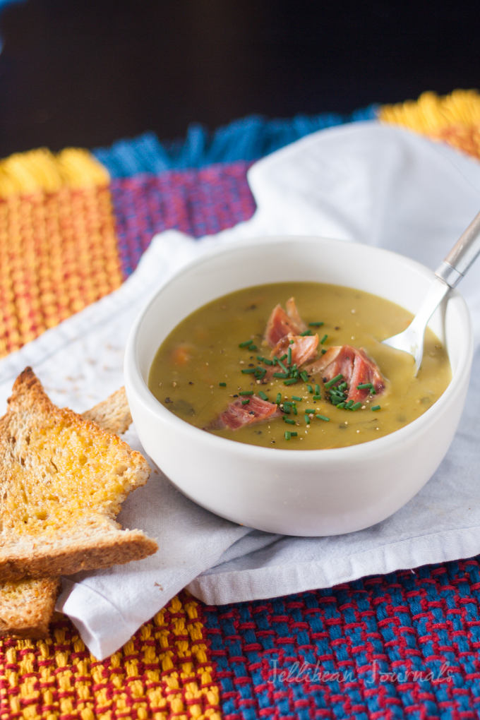 Split Pea Soup- Get dinner on the table on the busiest nights with this simple and delicious soup. #soup | Jellibean Journals