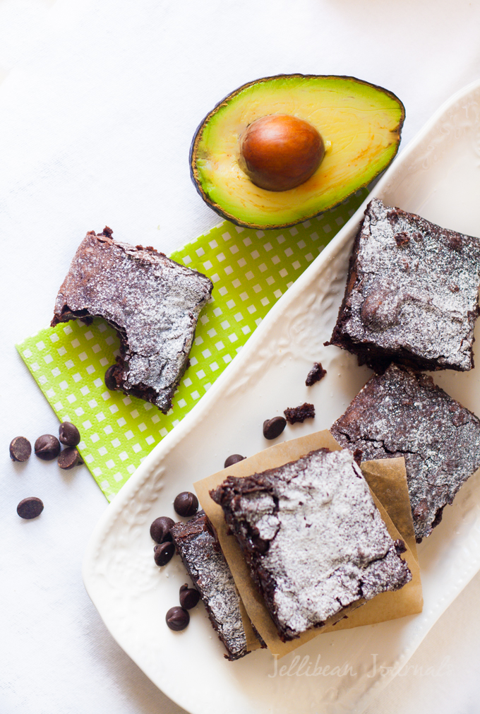 Life-Changing Skinny Avocado Brownies- crave-worthy at a fraction of the calories, these babies are made from only TWO ingredients! #brownies #lowfat #dessert | JellibeanJournals.com