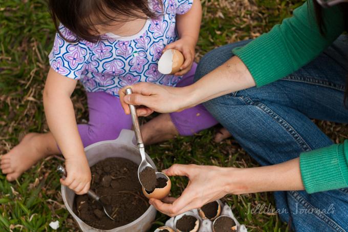 homemade-eggshell-planters