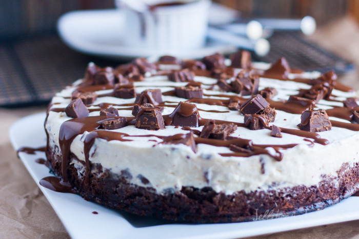 recipe-chocolate-mint-brownie-cheesecake