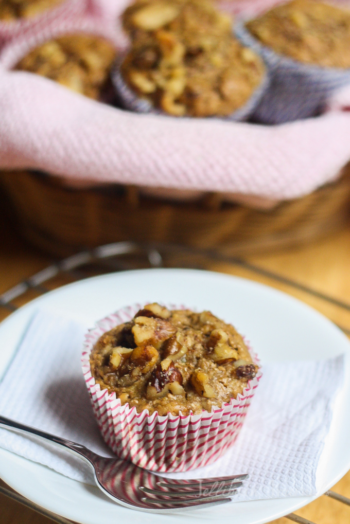 healthy-banana-nut-muffin-5