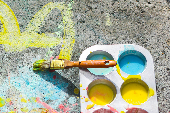 diy-sidewalk-paint-recipe-4