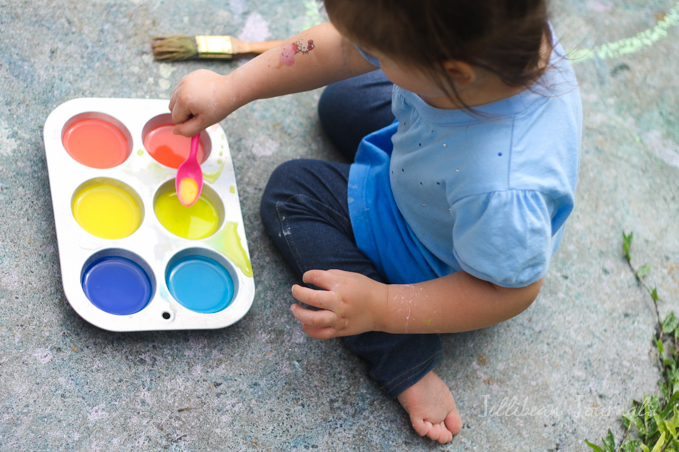 homemade-sidewalk-paint-for-kids-2