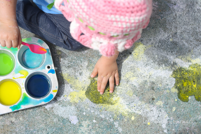 homemade-sidewalk-paint-for-kids-6