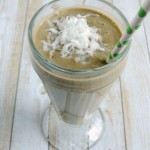 Almond Joy Green Smoothie | Frugal Foodie Mama for Jellibeanjournals.com