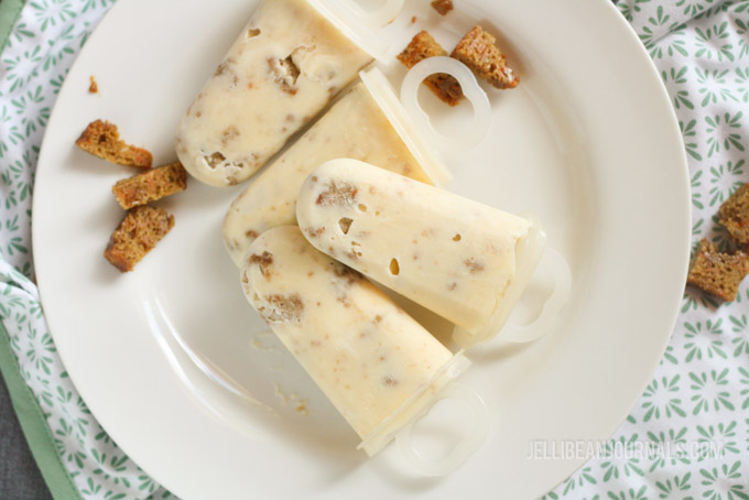 Carrot Cake Popsicles at jellibeanjournals.com