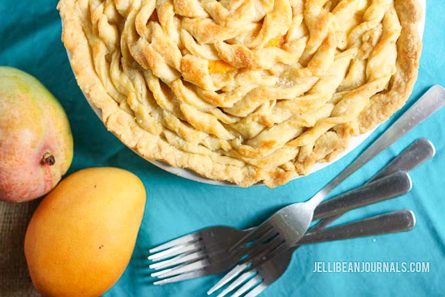 Juicy mangoes in a sweet tart pie   Jellibeanjournals.com