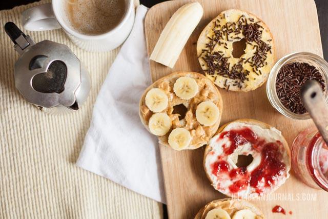 easy homemade bagels | jellibeanjournals.com