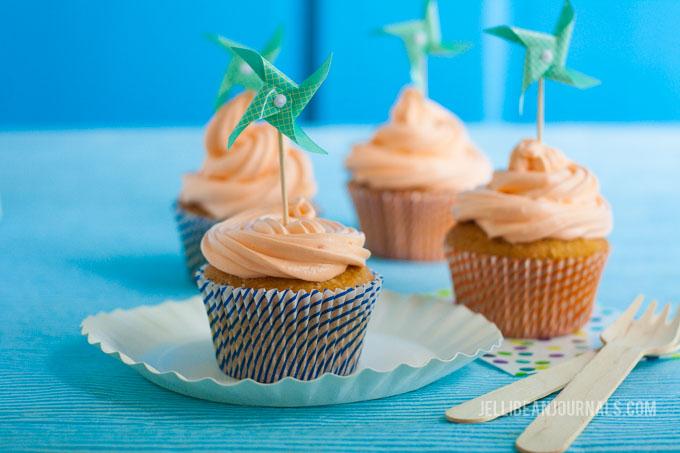 Orange Creamsicle Cupcakes | Jellibeanjournals.com