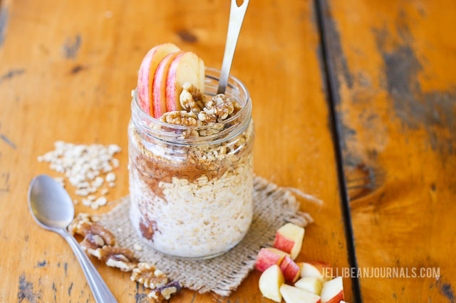 caramel apple overnight oats recipe - jellibeanjournals.com