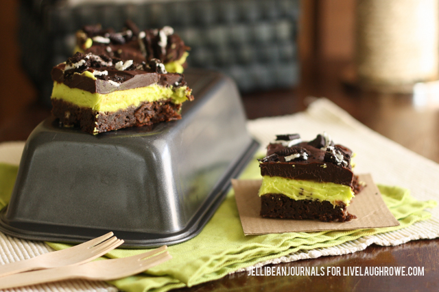 Thin Mint Brownies for Two | Jellibeanjournals.com