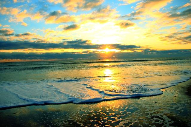 sunrise-989061_640