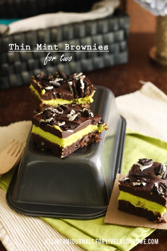 Thin Mint Brownies with Cookie Crunch Bits   Jellibeanjournals.com