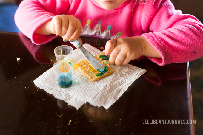 Soda cracker painting activity | Jellibeanjournals.com