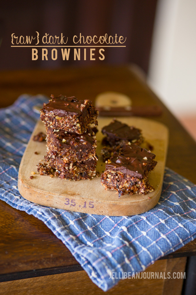 Raw dark chocolate brownies | Jellibeanjournals.com