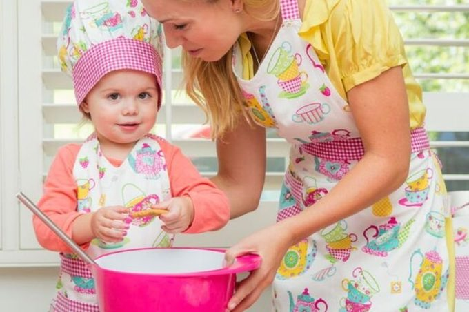 Mother's Day gifts for bakes | jellibeanjournals.com