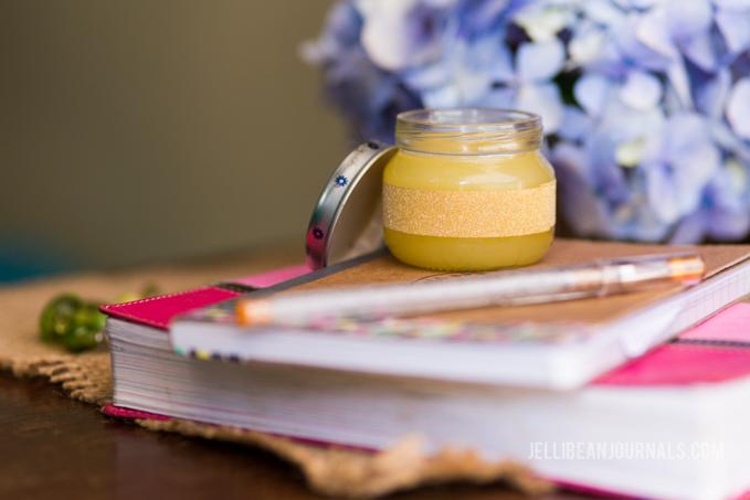 5 minute DIY olive oil night cream recipe- jellibeanjournals.com