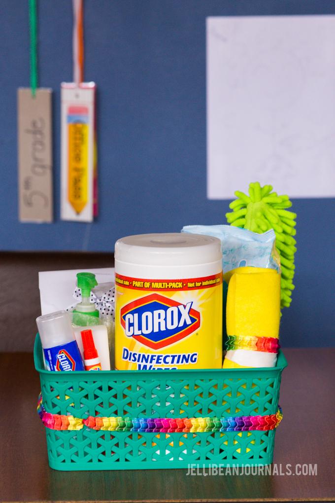 Best super quick fix teacher gift idea - Jellibeanjournals.com