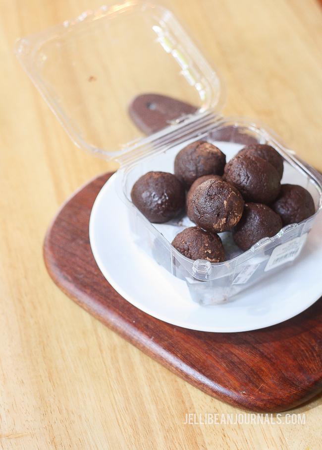 Chocolate energy balls | Jellibeanjournals.com