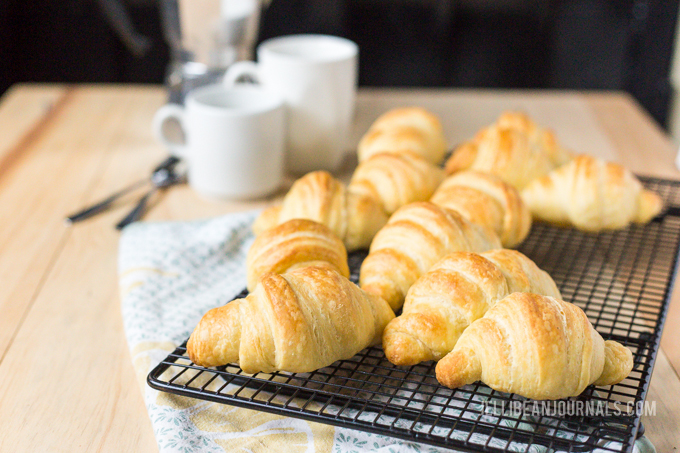 tips for perfect croissants | jellibeanjournals.com